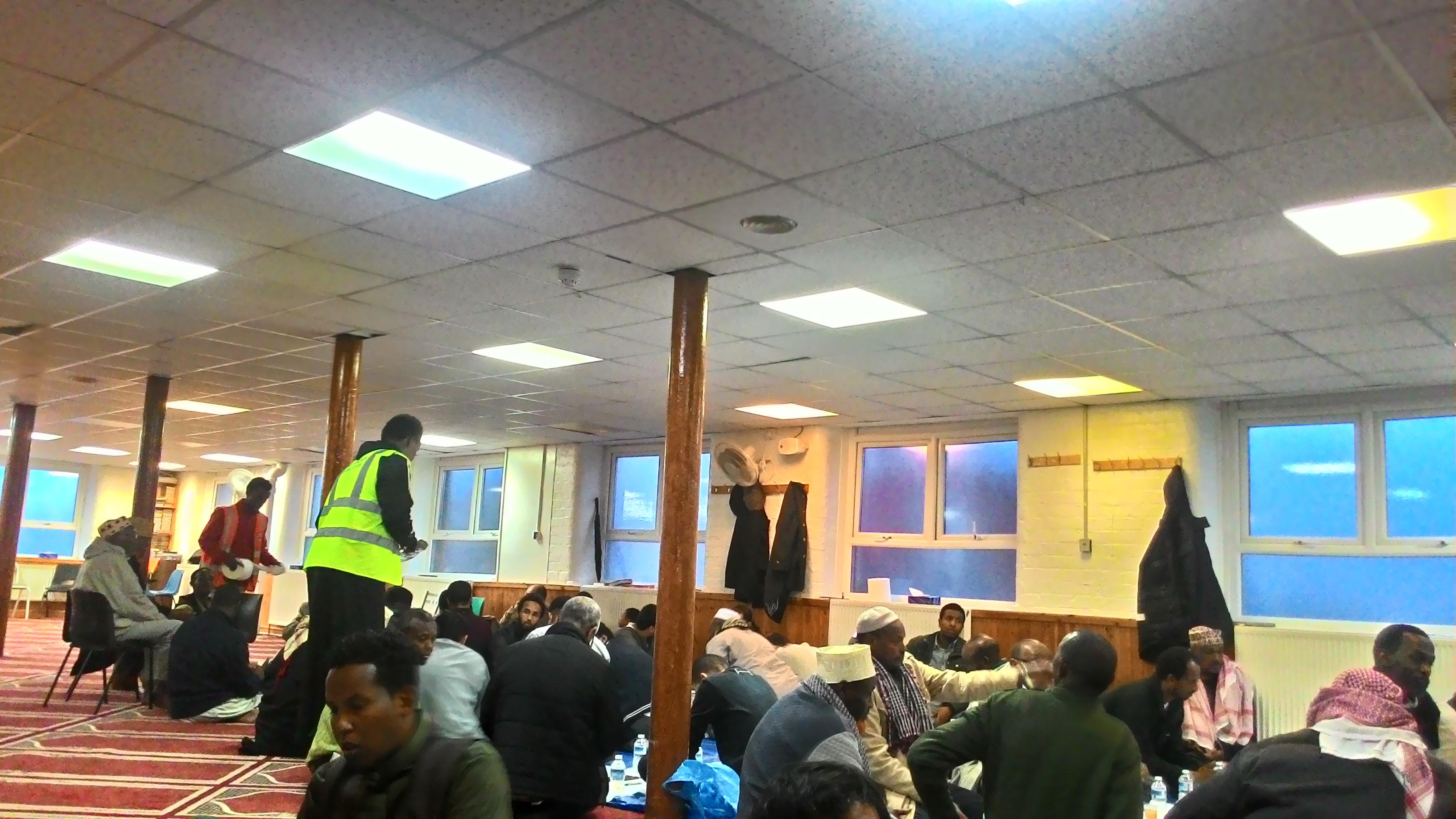 Abdur Rahman, Penyejuk ditengah Puasa 19 Jam di Inggris
